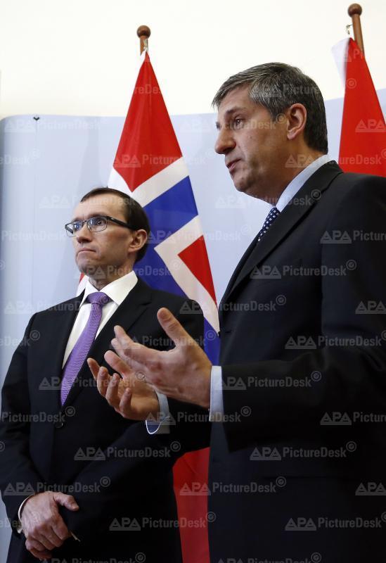 Aussenminister Spindelegger mit norwegischem Amtskollegen Eide bei Pressekonferenz