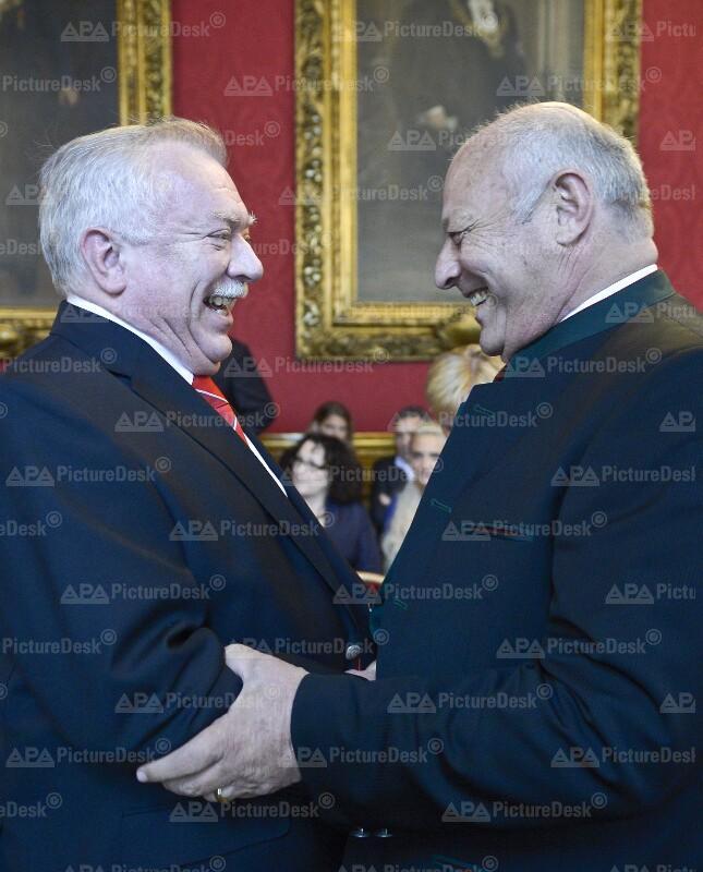 Verleihung des 'Goldenen Ehrenzeichens für Verdienste um die Stadt Wien'