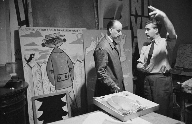 Maler Walter Hofmann und Physiker Herbert Kammel in Hofmann's Studio