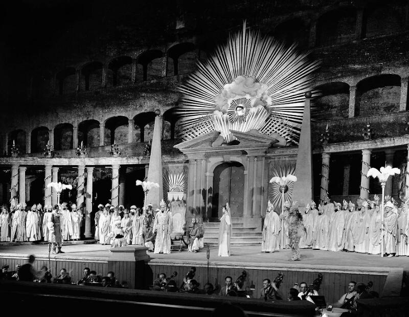 Aufführung der Zauberflöte während der Salzburger Festspiele 1949
