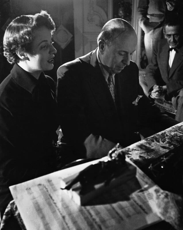 Robert Stolz, öster. Komponist, und Schauspielerin Inge Konradi, Wien