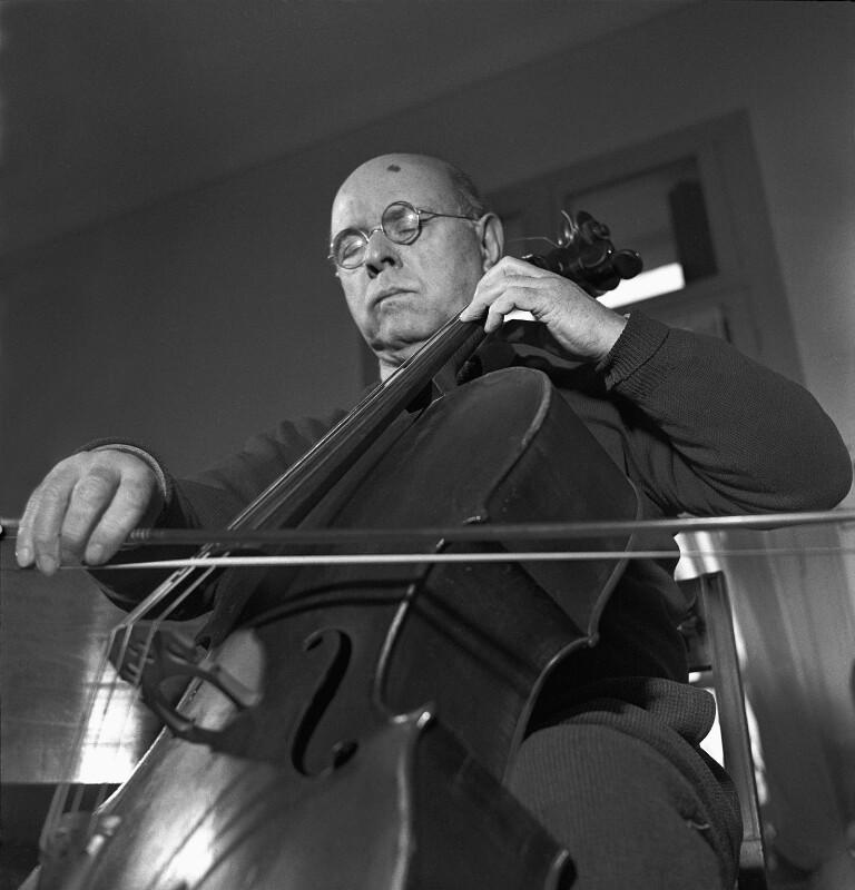 Cellist Pablo Casals im Exil  in Prades im französischen Teil der Pyrenäen