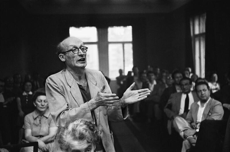 Das Treffen der Schriftstellervereinigung wurde 1957 aufgelöst