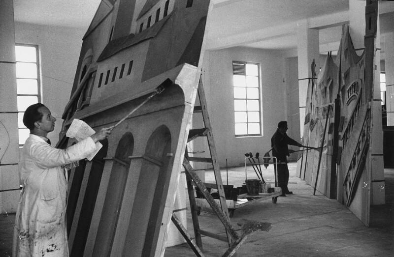 Bemalung von Bühnenbildern für die Wiener Staatsoper