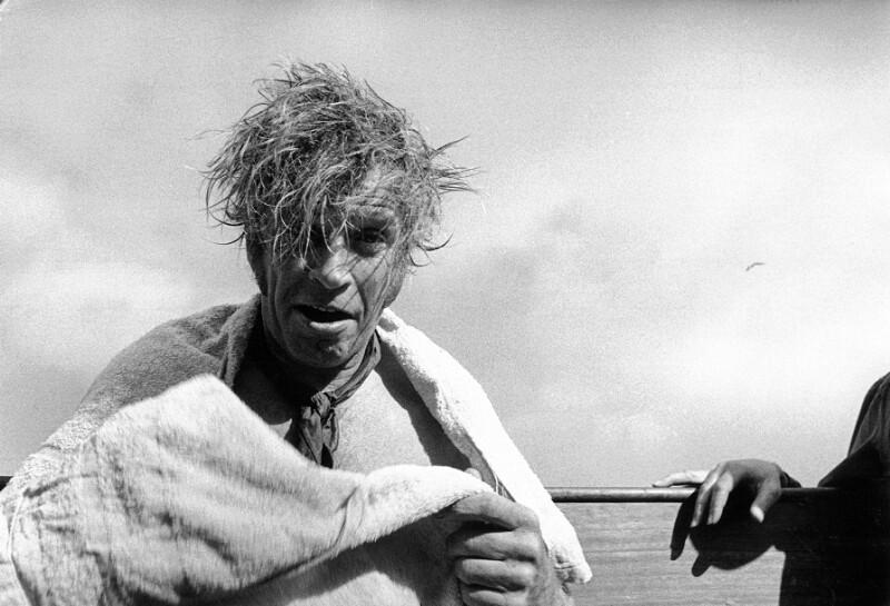 """Dreharbeiten zum Film """"Moby Dick"""" - DIck Basehart nach dem Dreh, Kanarische Inseln, 1954"""