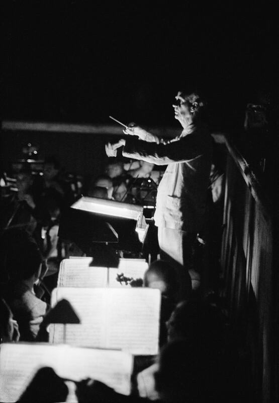 Dirigent Wilhelm Furtwängler in der Wiener Oper