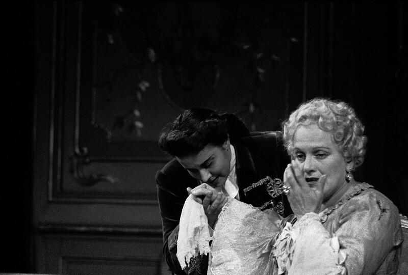 """Die Sopranistin Maria Reining in einer Aufführung von Richard Strauss' """"Der Rosenkavalier"""""""
