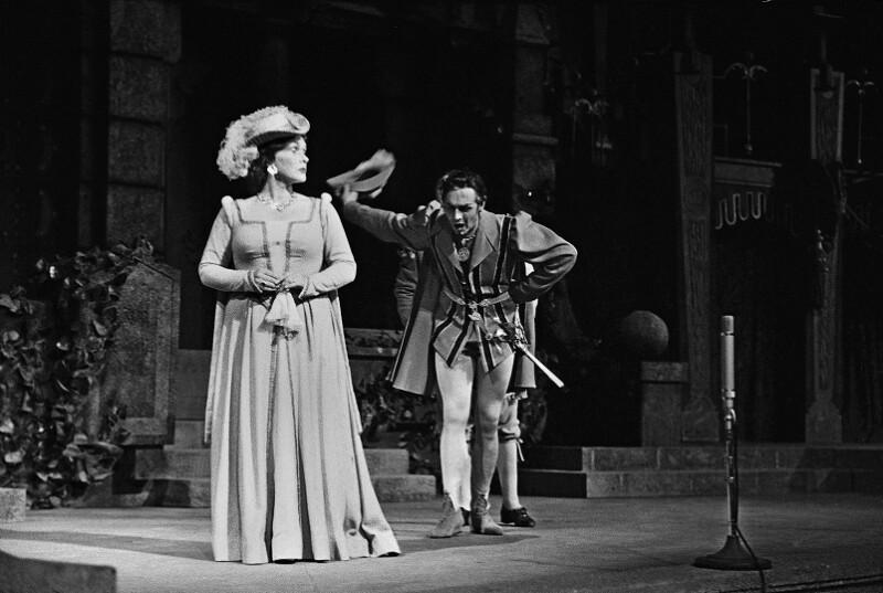 """Aufführung von """"Don Giovanni"""" mit Elisabeth Schwarzkopf und Cesare Siepi"""