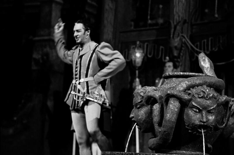 Cesare Siepi als Don Giovanni