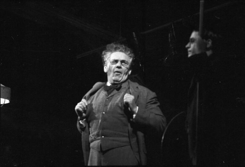 """Gerhard Hauptmanns """"Die Ratten"""" im Wiener Burgtheater"""