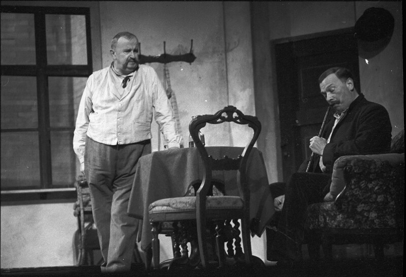 "Ewald Balser in Gerhard Hauptmanns ""Die Ratten"" am Burgtheater, Wien"