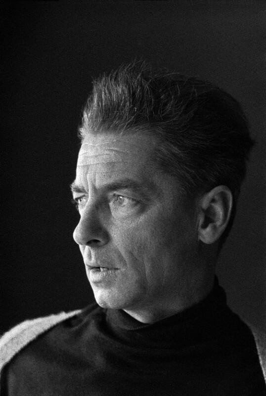 Dirigent Herbert von Karajan.