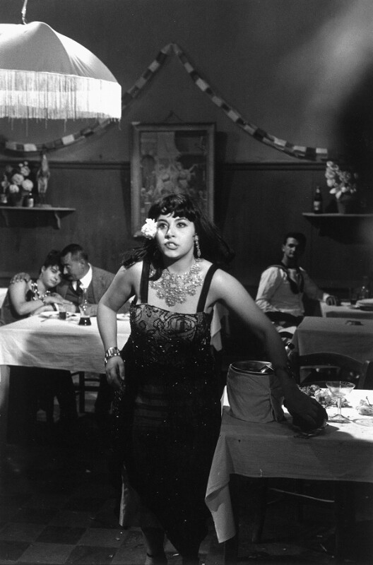 "Die Schauspielerin Eleni Anousaki in ""Zorba the Greek"", Kreta, 1964"