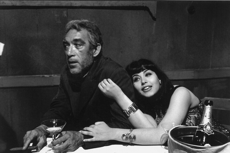 "Anthony Quinn und Eleni Anousaki in ""Zorba the Greek"", Kreta, 1964"