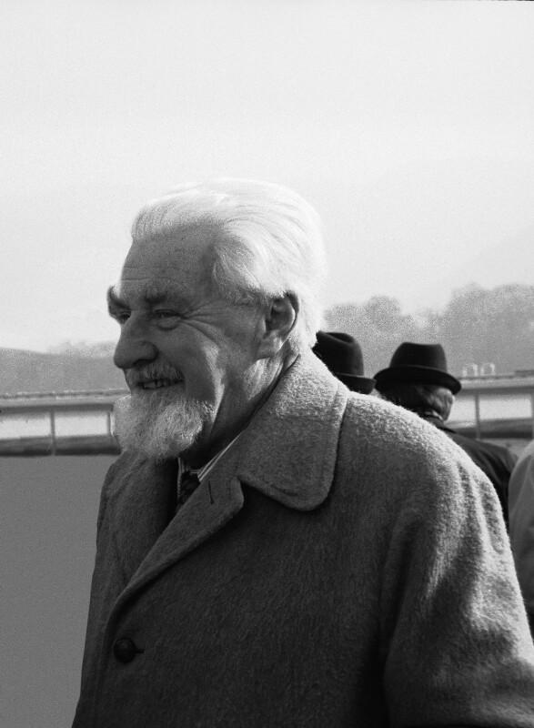 Der österreichische Zoologe Konrad Lorenz, Nobelpreisträger 1973