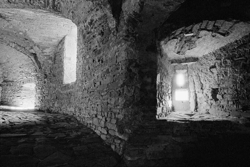 Gotische Kellergewölbe in Schloss Chillon, Schweiz