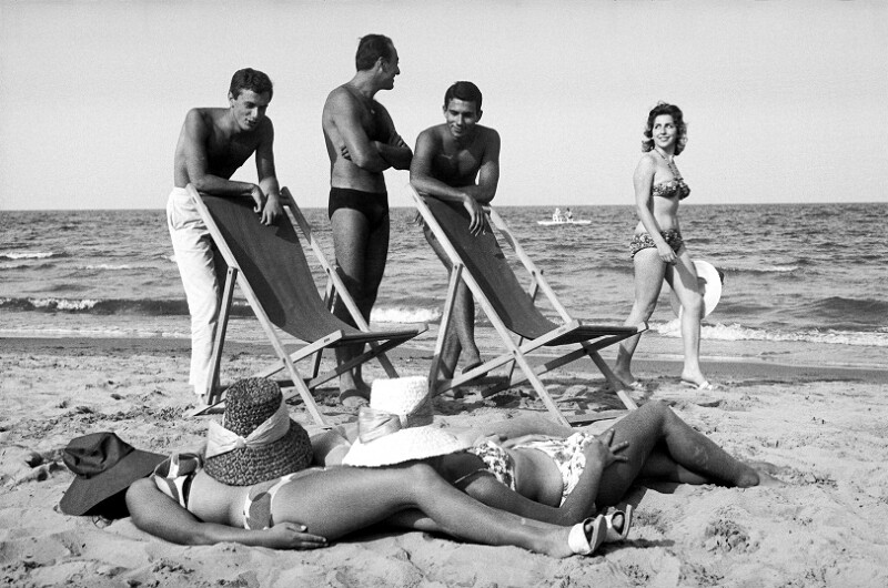 Am Strand in Cesenatico, Italien, 1960
