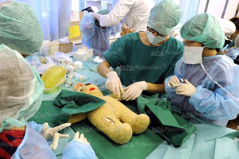 Aktion Teddybärenkrankenhaus