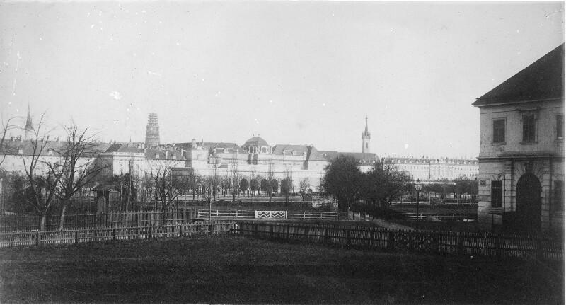 Wien 1, Äußeres Burgtor