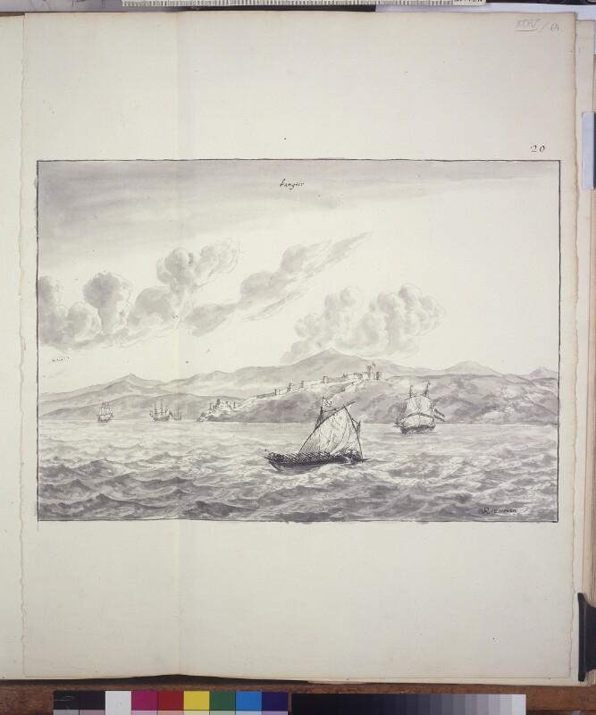 Blick vom Meer auf das Kastell von Tanger