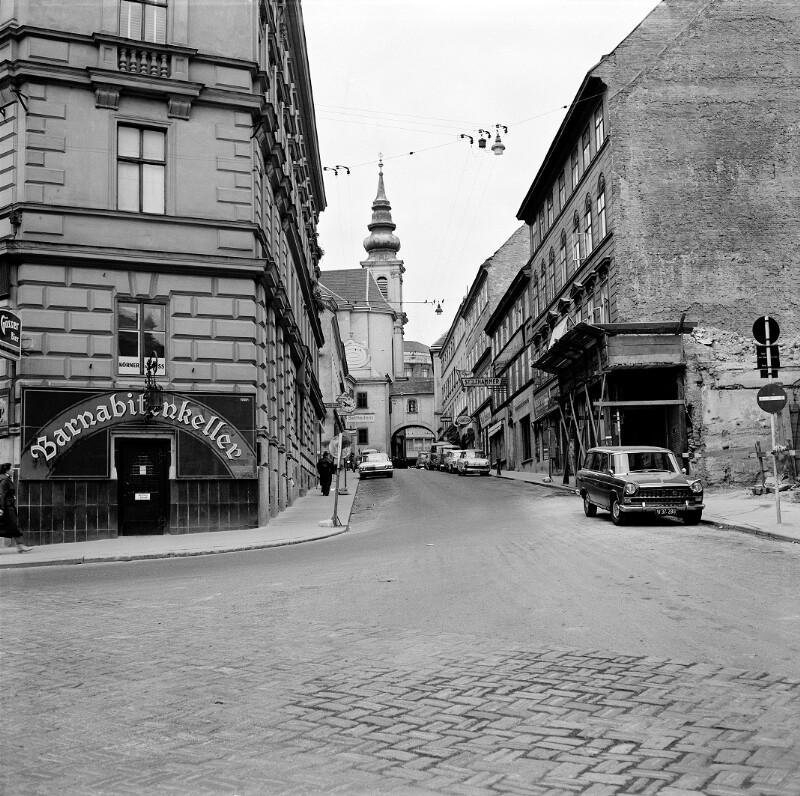 Wien 6, Barnabitengasse 2ff