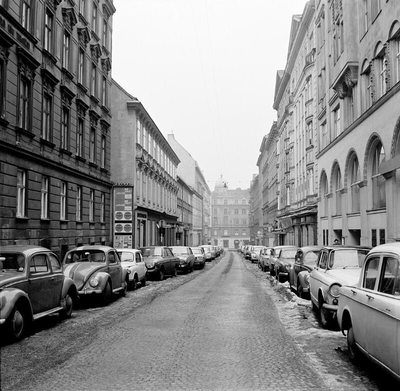 Wien 7, Kirchengasse 32ff