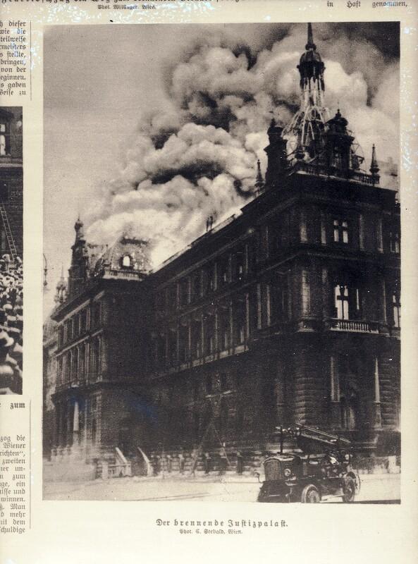 Der brennende Justizpalast in Wien