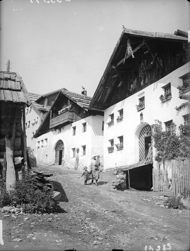 Bergdorf Fiss