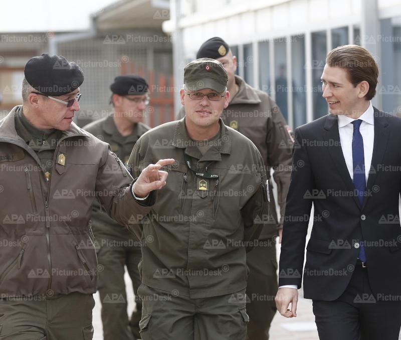 Außenminister Kurz im Kosovo