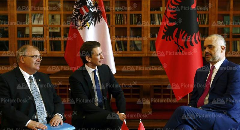 Außenminister Kurz in Albanien