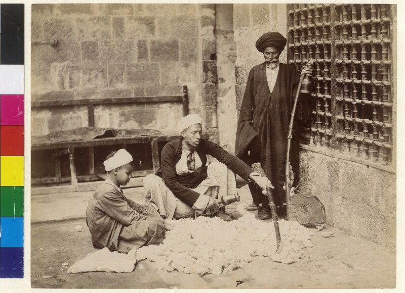 Einheimische mit unbearbeiteter Baumwolle, Ägypten