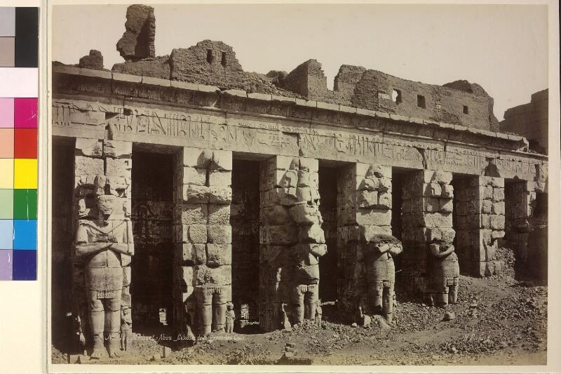 Totentempel von Ramses III in Medînet Hâbu in Theben, Ägypten