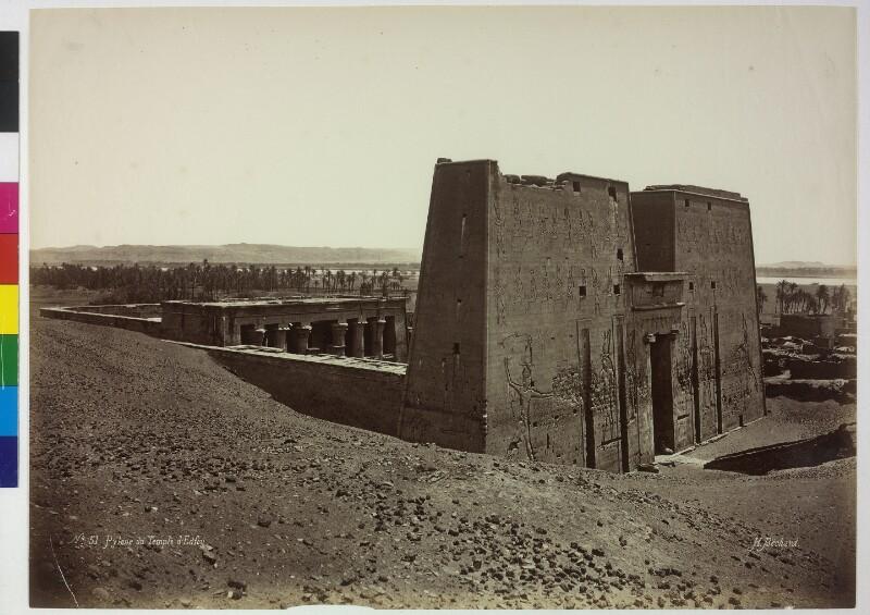 Pylon des Tempels von Edfu, Ägypten