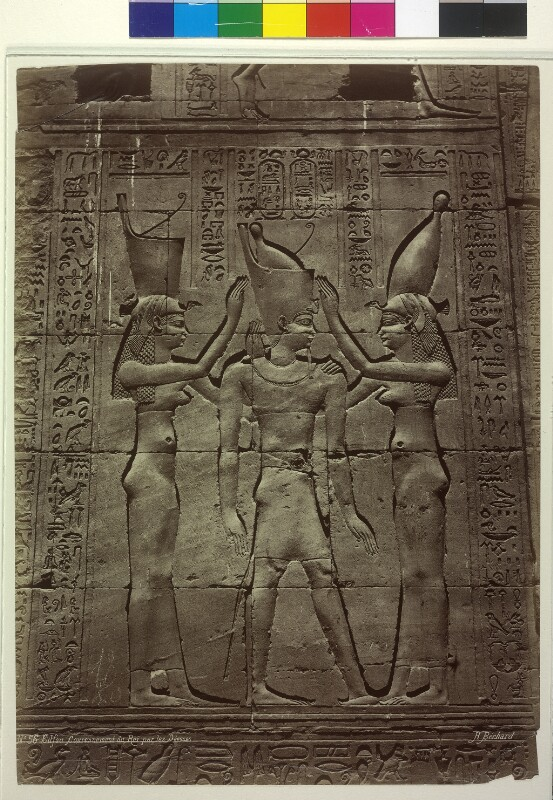 Relief mit Krönung des Pharao in Edfu, Ägypten