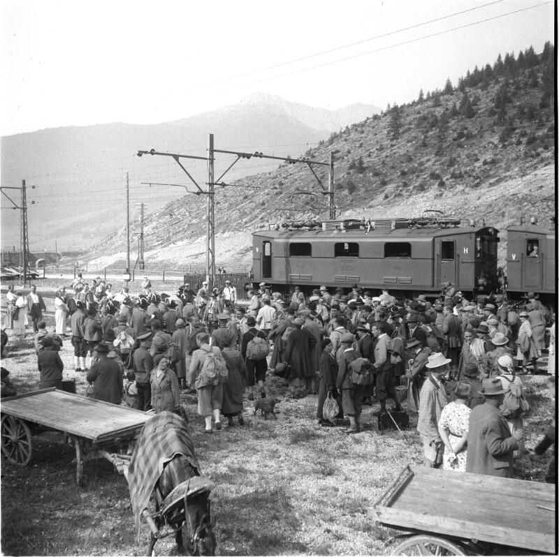 Ankunft eines Zuges in Ehrwald
