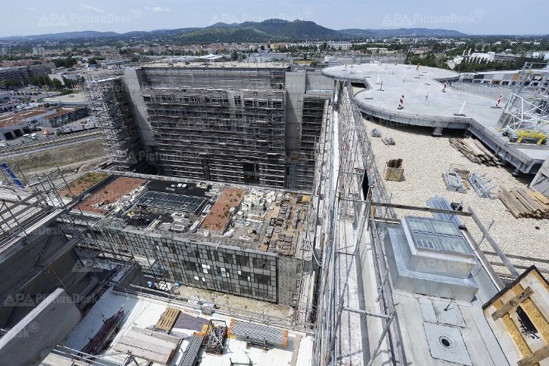 "Baustelle des ""Krankenhaus Nord"""