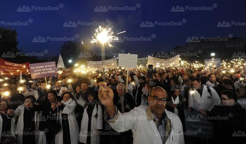 Demonstration der Wiener Ärzte