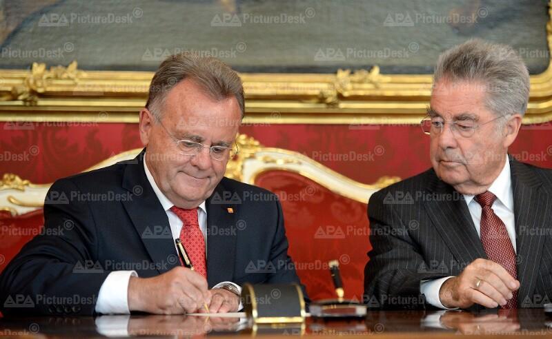 Angelobung von Hans Niessl zum Landeshauptmann