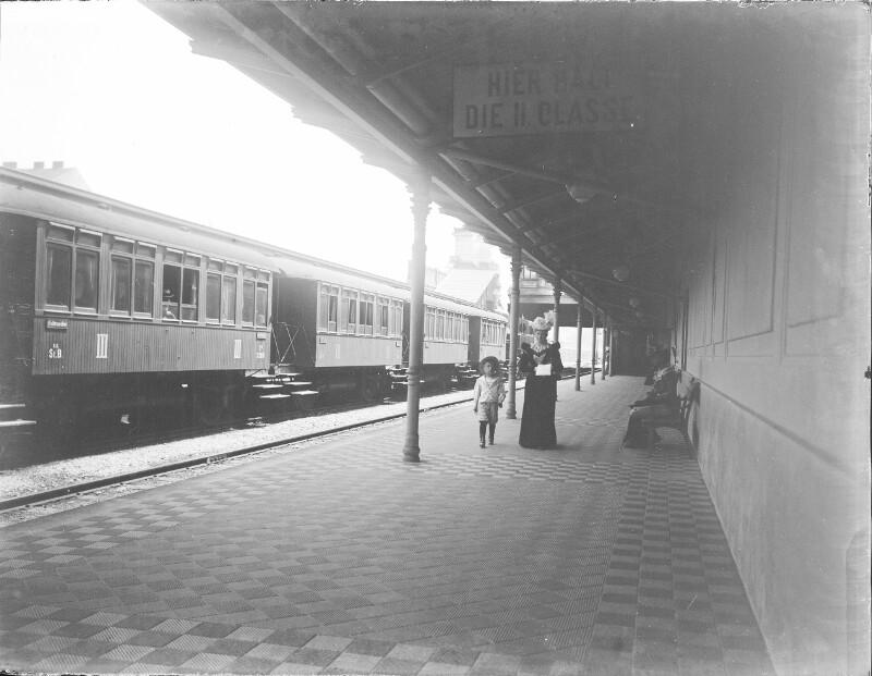 Innenansicht einer Stadtbahnstation