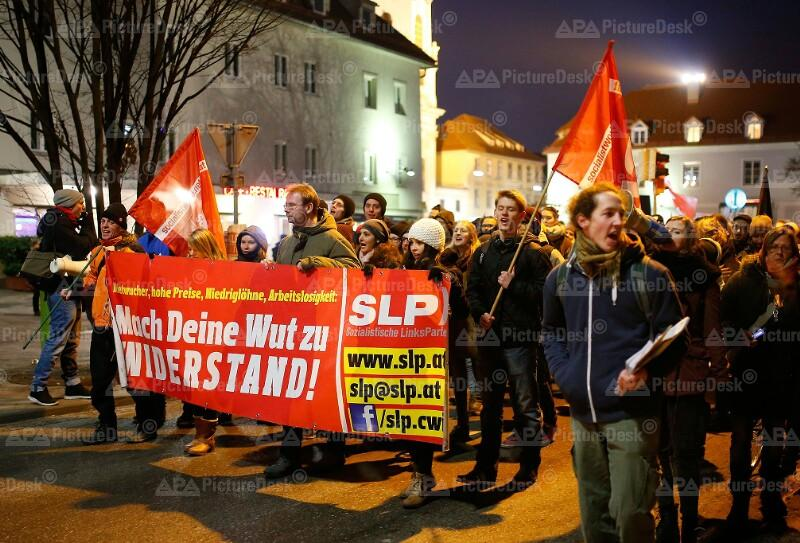 Akademikerball und Gegendemonstration in Graz