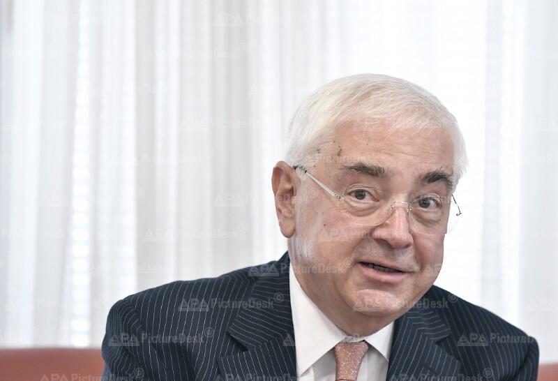 WALTER ROTHENSTEINER (EX-AR-CHEF DER RAIFFEISEN BANK INTERNATIONAL RBI) IM KLUB DER WIRTSCHAFTSPUBLIZISTEN