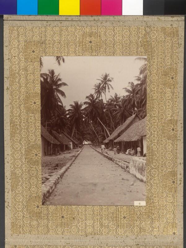 Dorfstraße in Manihiki