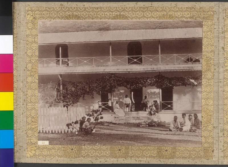 Die Gräfin Festetics mit dem Königspaar von Rarotonga und Gefolge