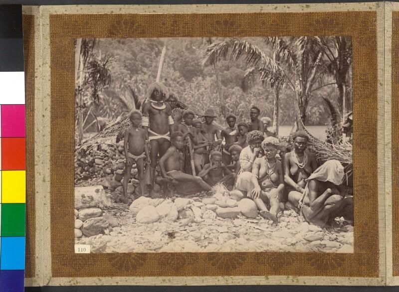 Insel Simbo (Salomonen): Inselbewohner bei der Essenszubereitung