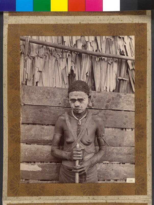 Treasury Inseln (Salomonen): Verwitwete Inselbewohnerin