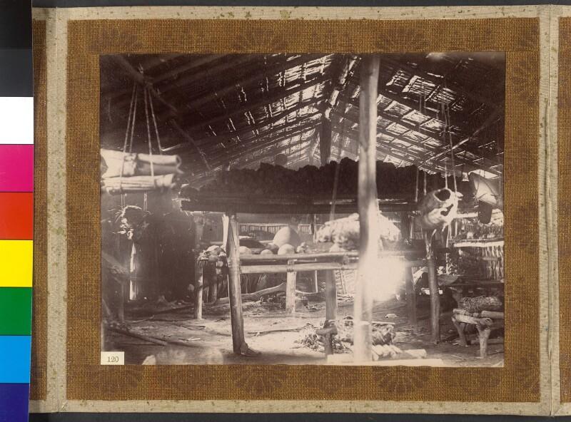 Treasury Inseln (Salomonen): Das Innere des Hauses des Kronprinzen in Malsi