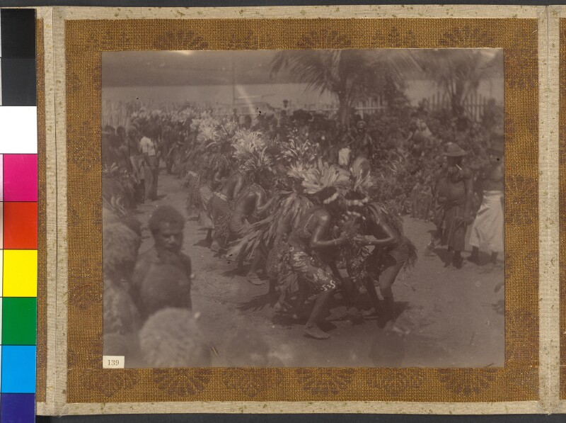 Insel Matupi (Bismarck-Archipel): Malangan-Tanz der Männer