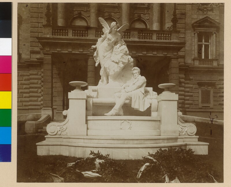 Wien 7, Raimund-Denkmal