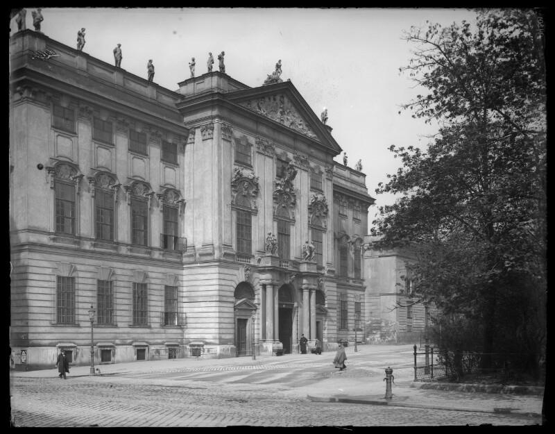 Wien 7, Palais Trautson (eh. Palais der Ungarischen Garde)