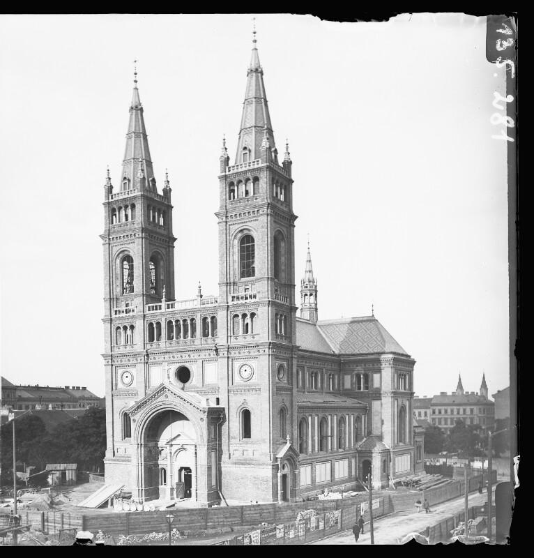 Wien 8, Breitenfelder Pfarrkirche